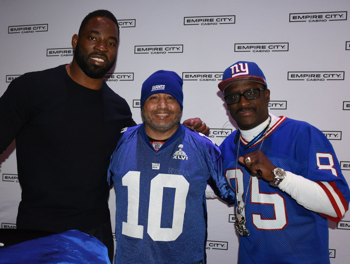 ... and Stephen Baker hosted a Big Game viewing party on Sunday (February  5) at Empire City Casino. Fans enjoyed a meet and greet photo session with  the ... 36b7e93eb
