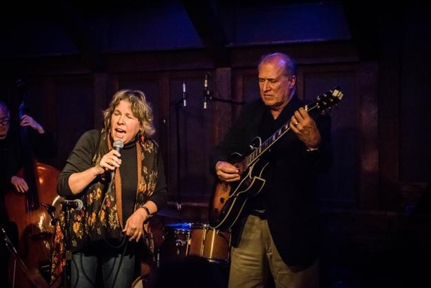 Tom Glenn and Suzanne Cloud perform at Chris' Jazz Cafe