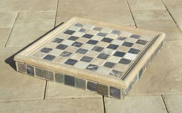 How to cut Hardiebacker cement board. Image of ceramic tile chess board with Hardiebacker. www.DIYeasycrafts.com