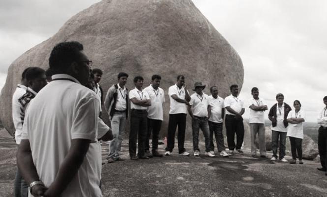 harnessing youth power for building a stronger india Vijayawada lecturehow to harness youth power to rebuild india om sthapakayacha dharmasya sarva dharma svarupine avatara varishthaya ramakrishnaya.