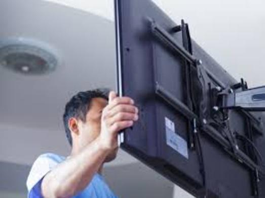 TV Wall Mount Installation Services and TV Wall Mount Installer Services Cost in Edinburg McAllen TX | Handyman Services of McAllen.