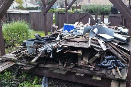 Construction Debris Haul Away Debris Removal In Lincoln NE | LNK Junk Removal