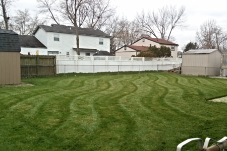 Lawn care, OneLove Lawn, Best Lawn Care, 43123, Grove City, Galloway, Commercial pt., Darbydale, Harrisburg, West Gate, #1 lawn care, Snow Removal, Spring cleanup, lawn care 43123, lawn care grove city, lawn care quote, free lawn care quote, veteran owned company, Lawn care Galloway, lawn care 43119, Lawn care Hilliard, Lawn Care commercial pt.