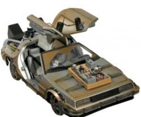 figurines diamond select Back to the future time machine