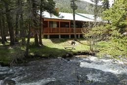 Rent Red River Vacation Rentals & Cabins on the River