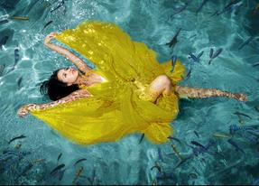 UNDERWATER QUINCES PHOTOGRAPHY IN MIAMI QUINCEANERA UNDERWATER USA