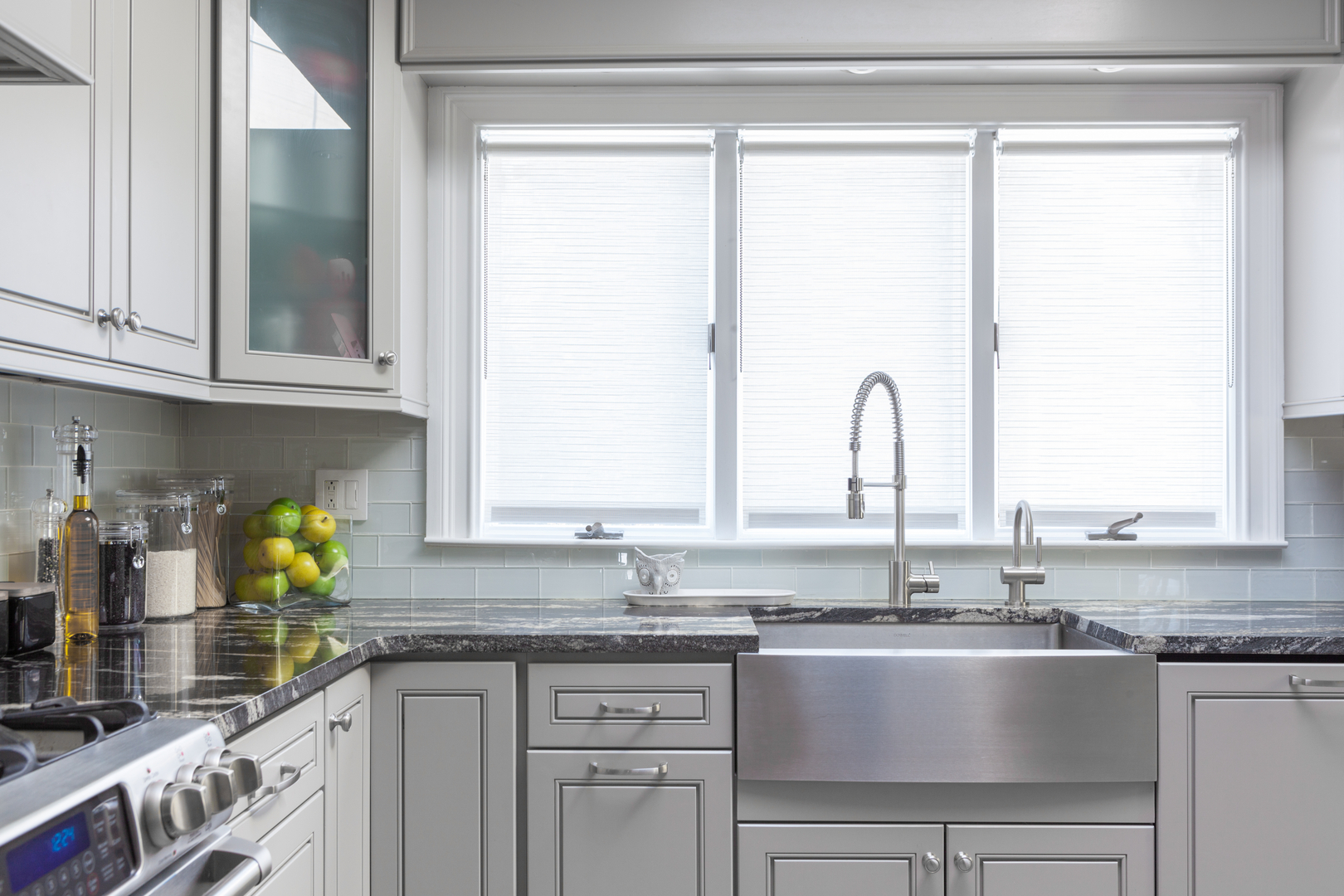 greige kitchen cabinets idea | 1yellowpage