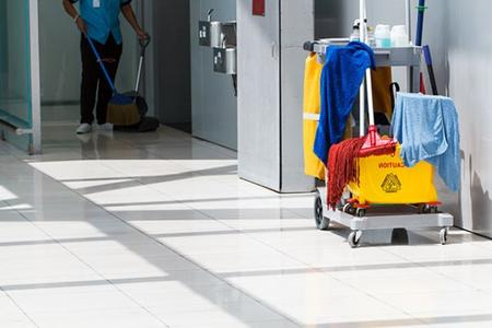 Nebraska`s Favorite Commercial Janitorial Services Cleaning Company near Lincoln NE - LNK Cleaning Company