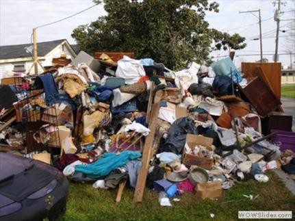 Junk Removal Junk Hauling Junk Furniture Removal Cleanout Appliance Disposal Furniture Pick up Trash Waste Rubbish Removal Service and Cost | Omaha NE | Omaha Junk Disposal