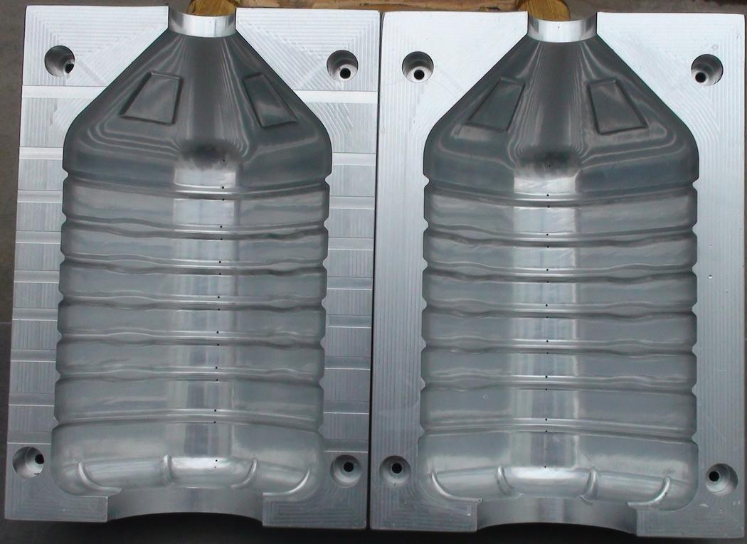 5L bottle mould
