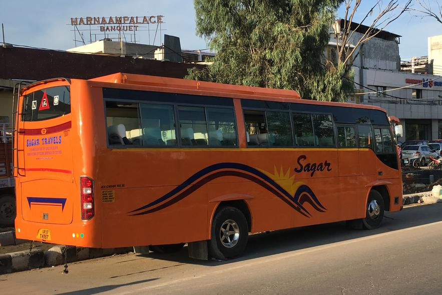 bus hire in Ghaziabad, Bus on rent Ghaziabad