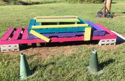 Colby's Army photo of a eco friendly pallet mounting block for horses