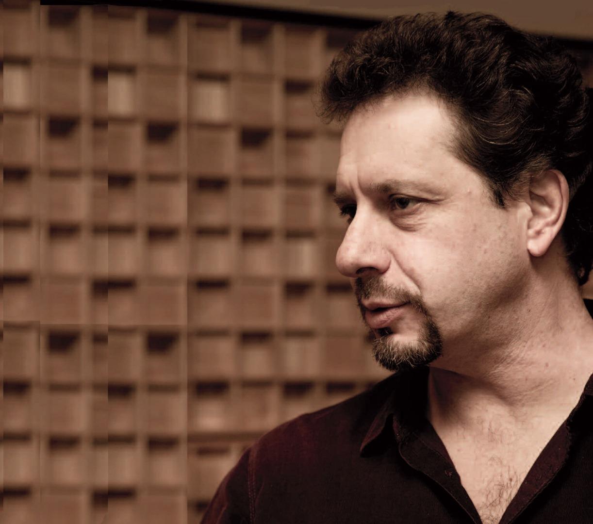 Keyboardist Bill Heller