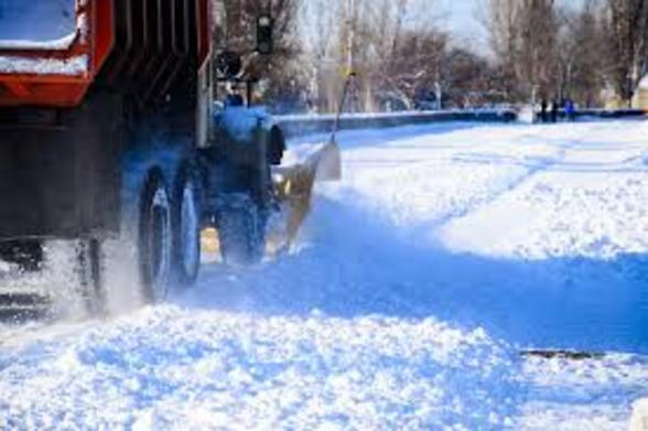 COMMERCIAL SNOW PLOWING LINCOLN NEBRASKA