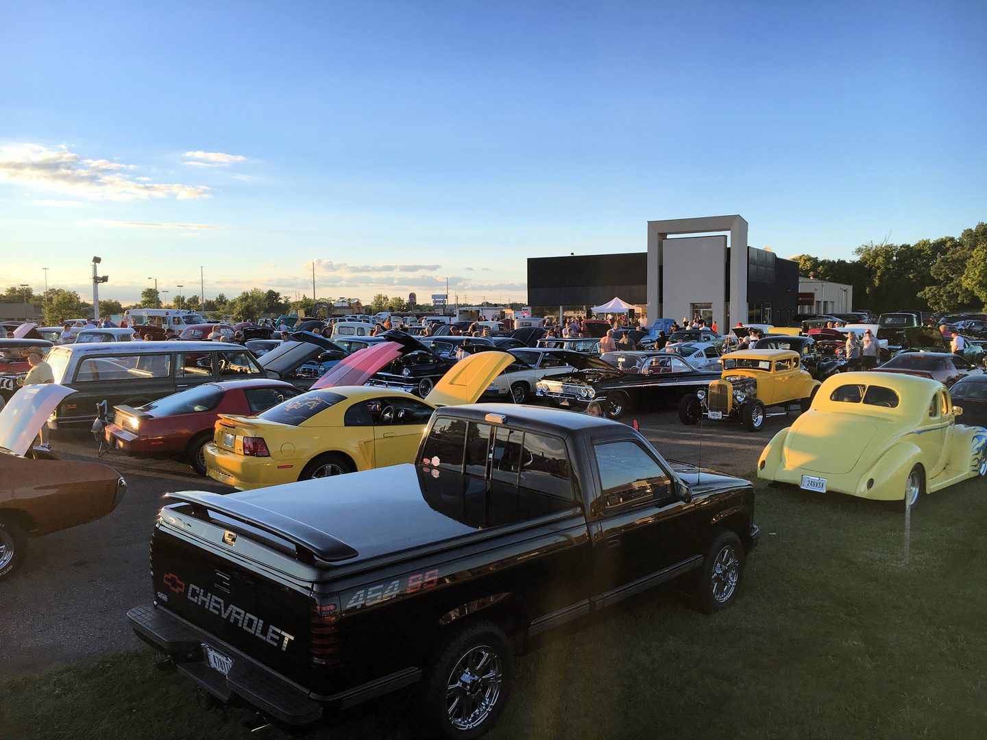Ohio Auto Shows Cruisein Swap Meets RoundTownCruisersorg - Lancaster ohio car show 2018