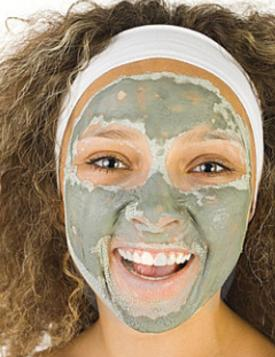 Herbal Power Peel girl with acne Mask
