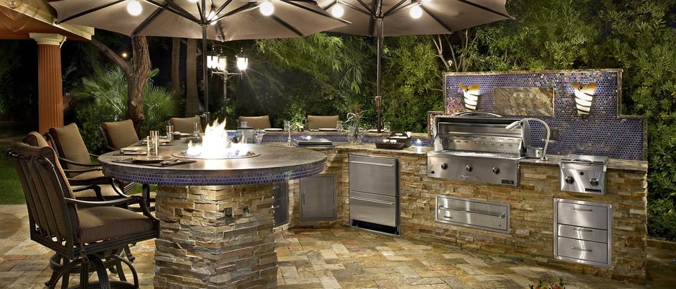 modern outdoor kitchen designs with stone and stainless steel apliances in atlanta georgia