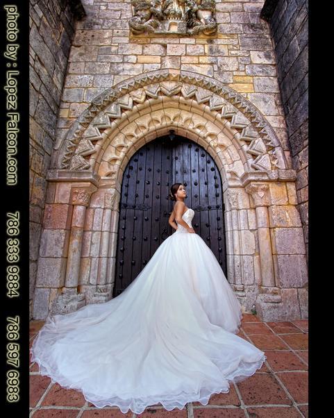 Quinceanera Spanish Monastery North Miami Beach 15 Anos Quince Quinces Sweet 16 Monasterio