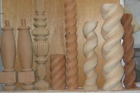 Assorted twist and reeded post