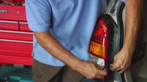 TAILLIGHT REPAIR SERVICES EDINBURG MISSION MCALLEN