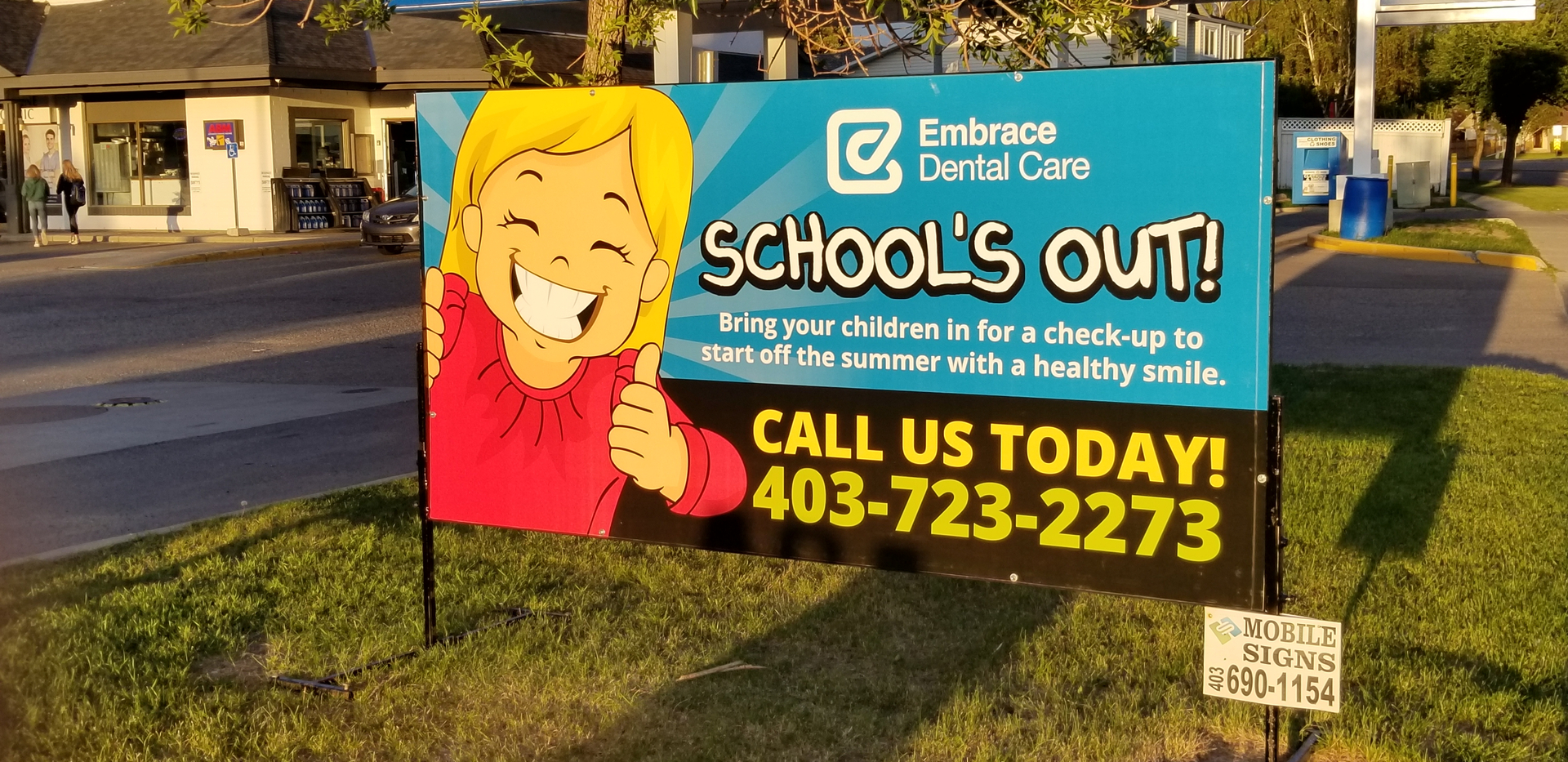 MOBILE SIGNS - Customer Service and Quality