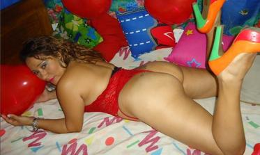 webcam-mature-play-sexy-websites