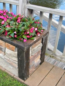 Easy Diy Stone Veneer Raised Planter Box