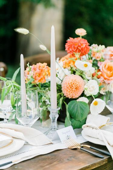 barn wedding, barn flowers, fall flowers, dahlias, bunny tails, table setting, table flowers, denver florist, wedding florist, colorado wedding florist, florist, fine art wedding, wedding details, wedding flowers