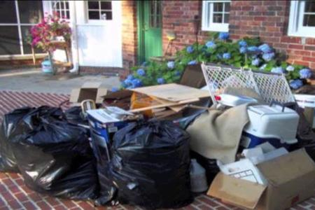 Junk Removal Cost: How Much Does Junk & Trash Removal Service Cost In Lincoln NE? | LNK Junk Removal