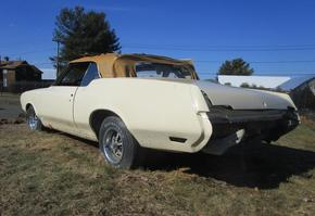 1972 Oldsmobile Custlass Supreme Convertible project