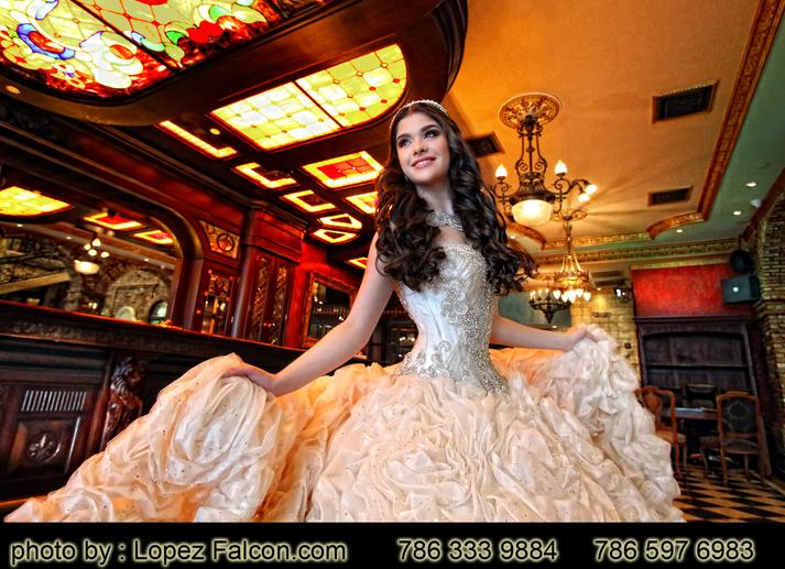 85fb8422cdb BY THE BEST QUINCEANERA PHOTOGRAPHER BEST QUINCEANERA STORES   LOCATIONS  FOR SWEET 15 ANOS PHOTO SHOOTS