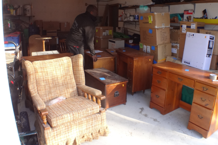 Junk Unwanted Old Furniture Removal Service Old Furniture Pick Up and Cost Lincoln NE | LNK Junk Removal