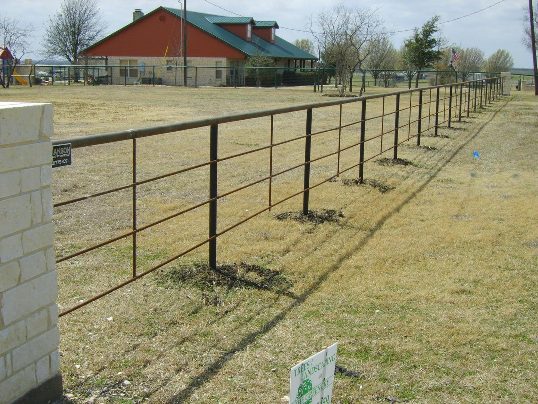 PIPE FENCE COMPANY MIDLOTHIAN MANSFIELD TEXAS RANCH FARM GATES