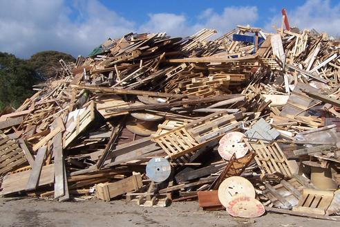 Commercial Wood Waste Removal Wood Recycling In Omaha NE | Omaha Junk Disposal