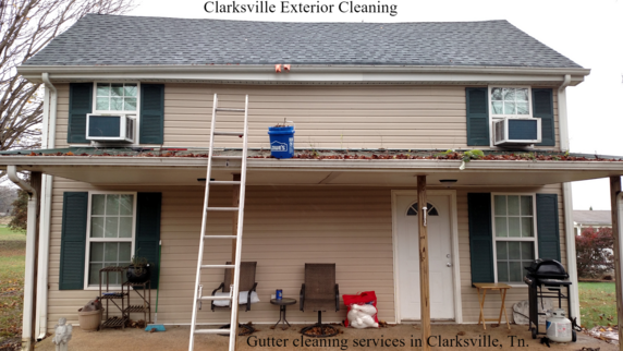 rain gutter cleaning service in Clarksville, Tn.