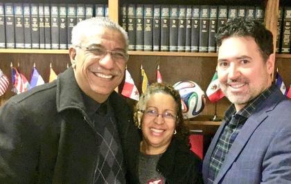 Patrick Merrick y cliente Joaquin