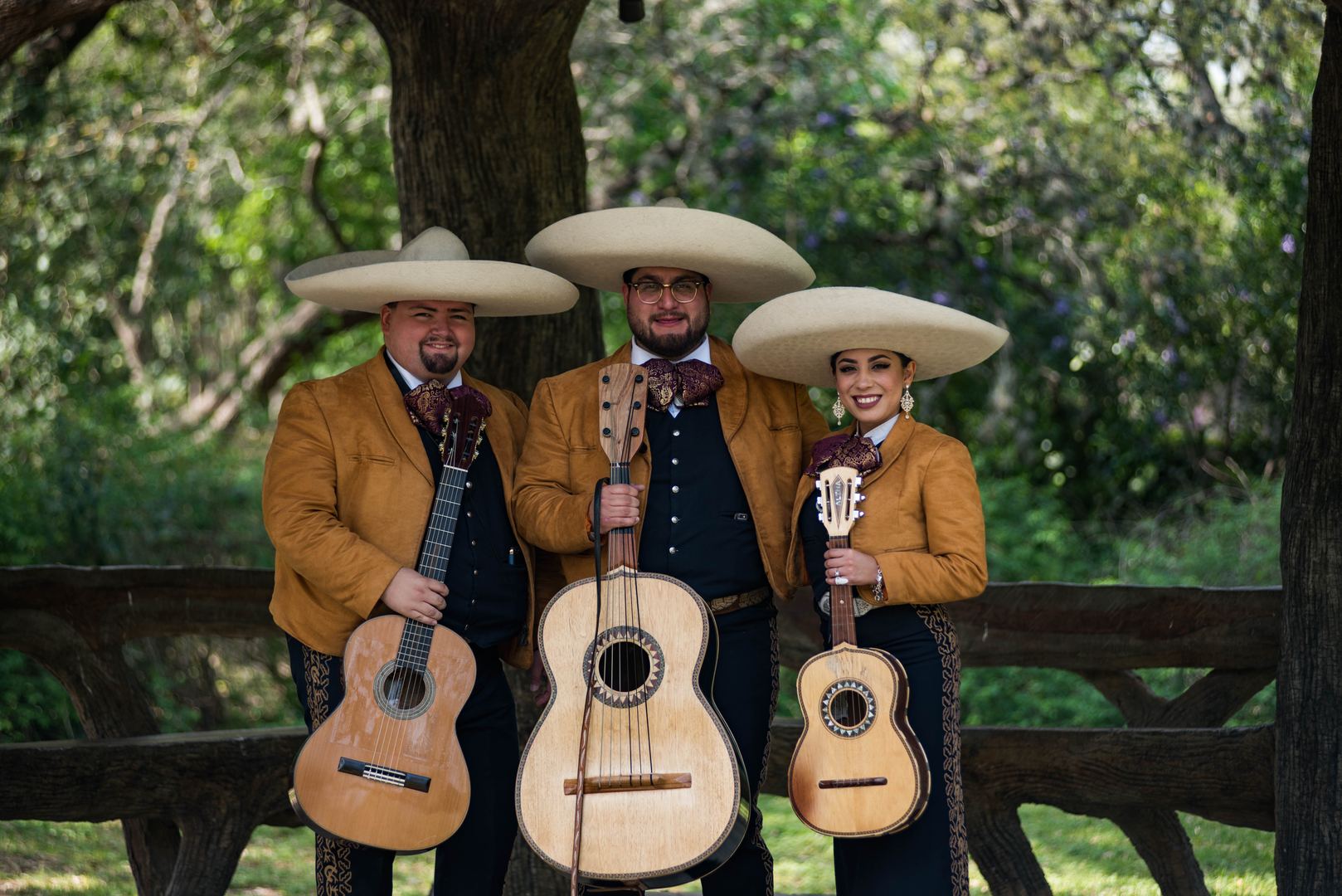 Azul Events Mariachi, DJ, and Wedding services in San Antonio