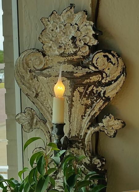Wall sconce metal distressed antique vintage english french italian old world design 1 arm electric