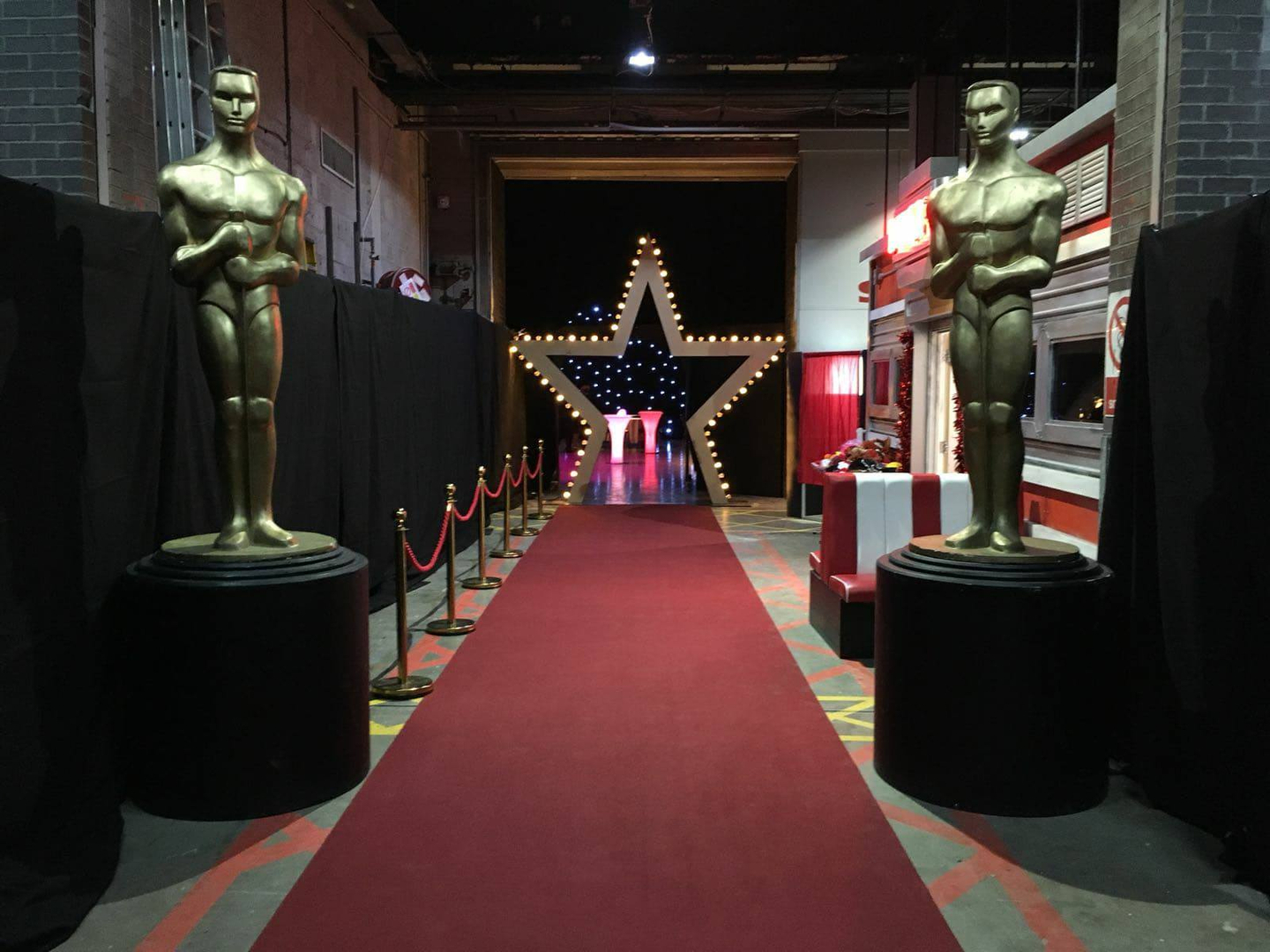 Hollywood Themed Event Prop Hire | Oscar Statue Hire