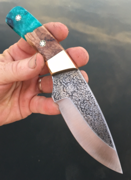 How to make a custom Hunter knife with etched blade texture and hybrid handles. www.DIYeasycrafts.com