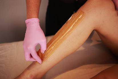 half leg sugaring hair removal service at Swanky Sugar in Ocean Beach