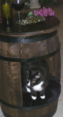 Wine Barrel Cat Bed