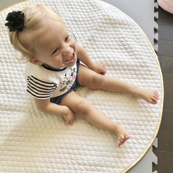 Round Baby Mat by LaDi with a BaBy