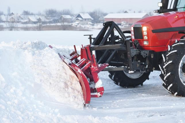 SNOW PLOWING SERVICES FOR BUSINESSES IN LA VISTA NEBRASKA