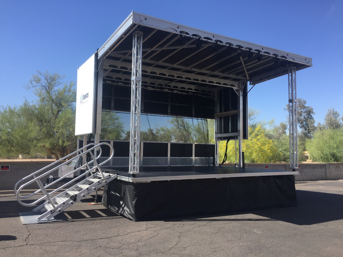 Apex 2016 mobile stage VLI Events