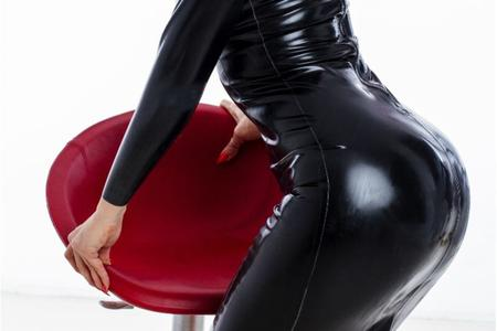 latex fetish cams, latex cams