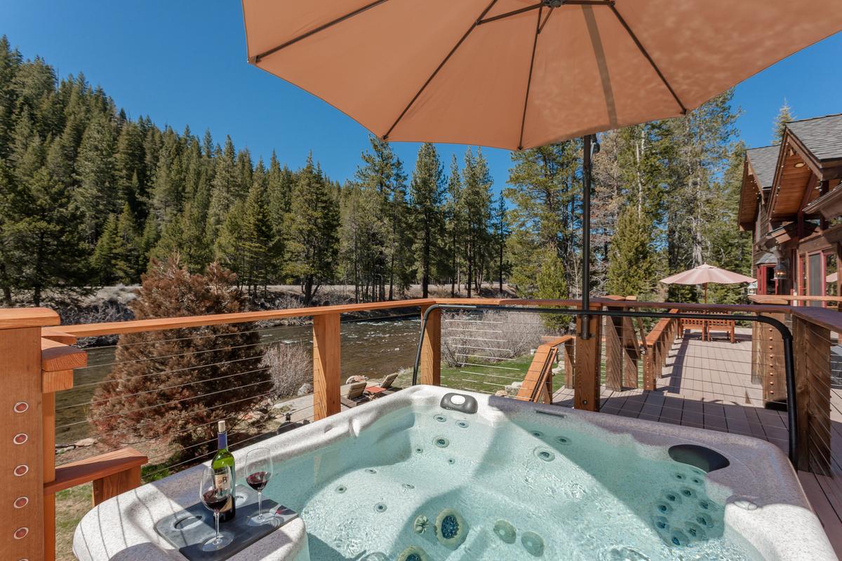 truckee homes for sale   Trinkie Watson Lake Tahoe Luxury Estates ...