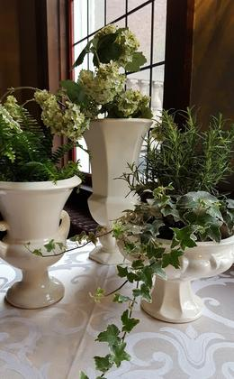 Greens and Ivy as Wedding Decor