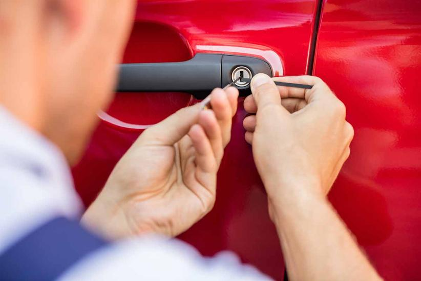 Auto Lock Out Services and Cost Omaha NE - Council Bluffs IA