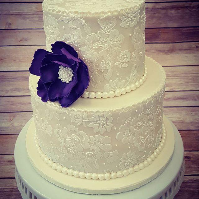 Miss Saras Cakery Wedding Cakes Custom Wedding Cakes